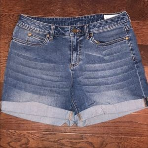 Two by Vince Camuto denim shorts